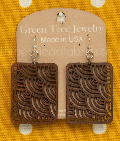 waves in squares earrings in cinnamon