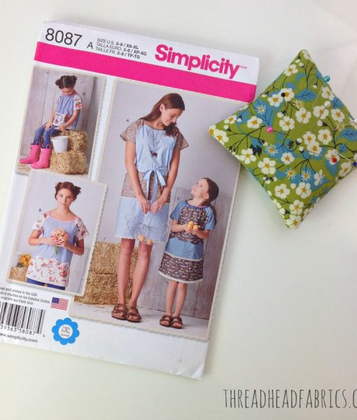 Simplicity 8087 Pattern Thread Head Fabrics