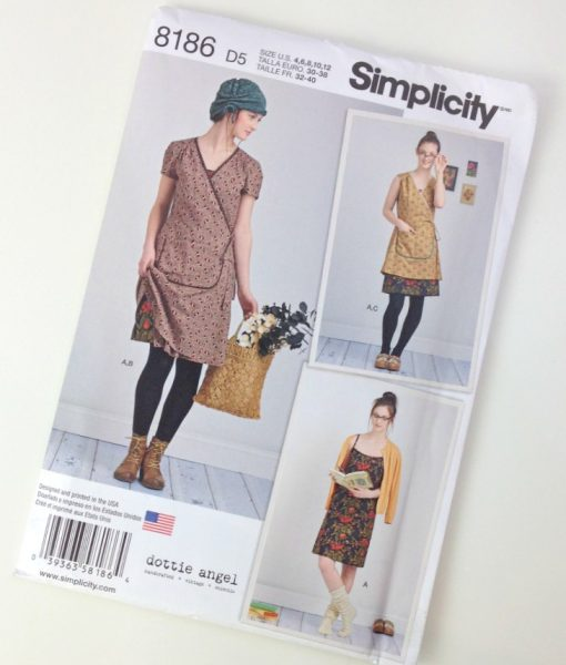 Simplicity 8186 Thread Head Fabrics