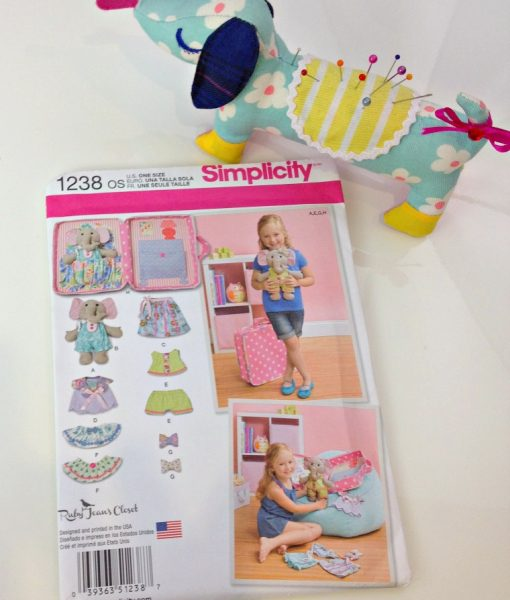 Simplicity 1238 Thread Head Fabrics
