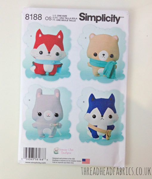 Simplicity 8188 Thread Head Fabrics